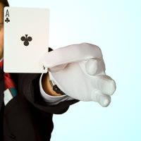 Simon Coronel - Corporate Magician in Los Angeles, California