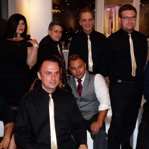 10 Til 2 - Cover Band / Party Band in Paramus, New Jersey