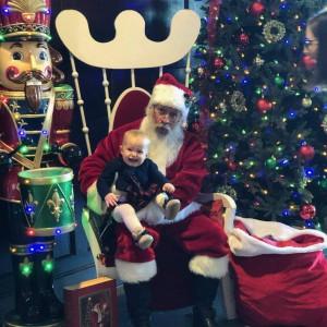 A Magical Balloon Man - Santa Claus in Millstadt, Illinois
