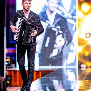 Alex Chebeliuk - Accordion Player in Miami, Florida