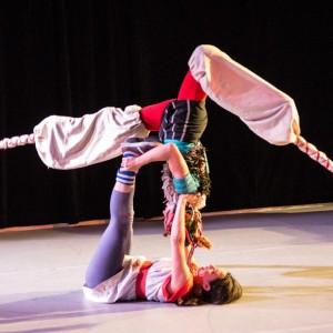 Acrobatic Stilts - Stilt Walker in Vancouver, British Columbia