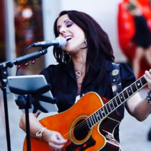 Adena Sampson - Singing Guitarist / Country Singer in Las Vegas, Nevada
