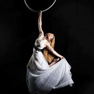Aerialist - silks, rotating aerial hoop - Aerialist in Las Vegas, Nevada