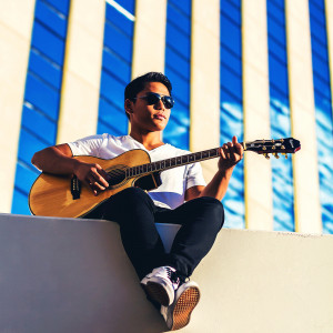 Daniel Echo - Singing Guitarist in Las Vegas, Nevada