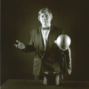 Alan Borg - Magician in Milwaukee, Wisconsin