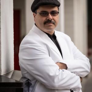Alan Brecker - Singing Pianist in Calgary, Alberta