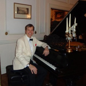 Alex Leonard  Pianist/Vocalist - Singing Pianist in New York City, New York