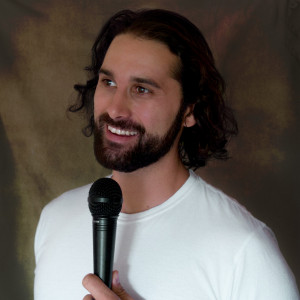 Alex Mackenzie - Stand-Up Comedian in Vancouver, British Columbia