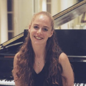Alisa Gayle-Deutsch - Pianist in Toronto, Ontario