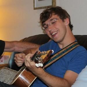 Alistair Forsyth - Singing Guitarist / Singing Pianist in Austin, Texas