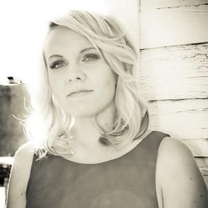 Alyssa McQuaid - Country Singer in Lethbridge, Alberta