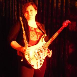 Amanda B Johnson - Guitarist in Newark, California