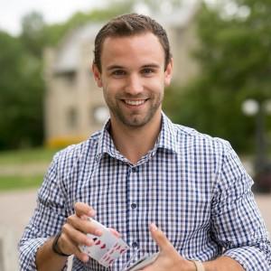 Andrew Kinakin - Comedy Magician / Magician in Saskatoon, Saskatchewan