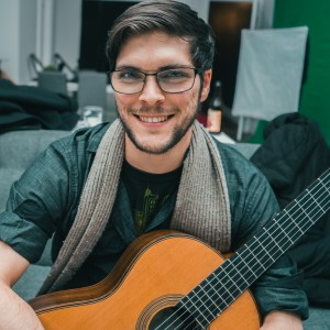 Andrew Oswinkle - Classical Guitarist in Baltimore, Maryland