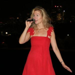 Angelica - Singing Pianist in Toronto, Ontario