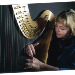 Anne Mocha, Professional Harpist - Harpist / Celtic Music in Grove, Oklahoma