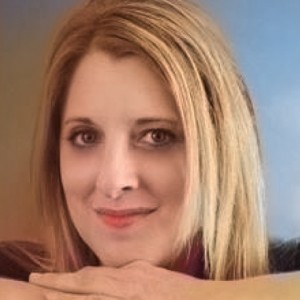 Anneliese Messner - Voice and Piano - Classical Singer in Belmont, California