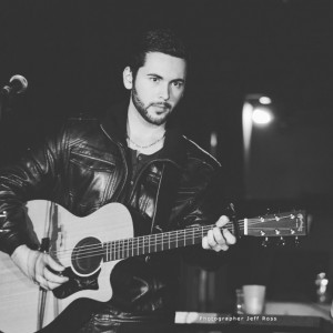 Anthony Abbruscato - Singing Guitarist in Niagara Falls, Ontario