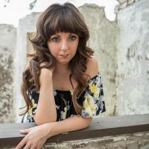 April Anne - Singing Pianist in Mesa, Arizona