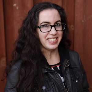 Ariel Julie - Stand-Up Comedian in Chicago, Illinois