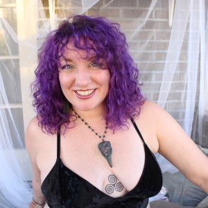 Babs Tarot- Messages from the Crow - Psychic Entertainment in Pittsburgh, Pennsylvania