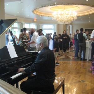 Alexander Solo Piano - Pianist in Toronto, Ontario