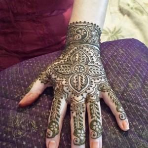 Beautiful Henna Mehndi Body Art - Henna Tattoo Artist in Ypsilanti, Michigan