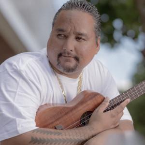 Ben Kama Music - Wedding Band / Wedding Officiant in Honolulu, Hawaii