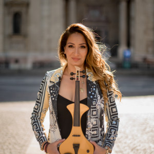 Bernadett Nyari - Violinist / Acoustic Band in Hollywood, Florida