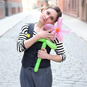 Birdie Bellows the Balloon Broad - Balloon Twister in New York City, New York