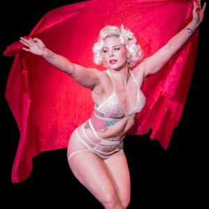 Bizzy LeBois - Burlesque Entertainment in New York City, New York