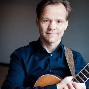 Bob Gerics - Singing Guitarist in Chicago, Illinois