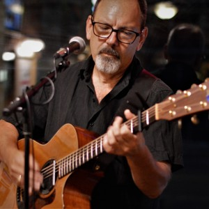 Bob Skon - Singing Guitarist in Ann Arbor, Michigan