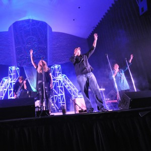 Crosswalk - Experience Worship - Christian Band / Gospel Music Group in Fort Lauderdale, Florida