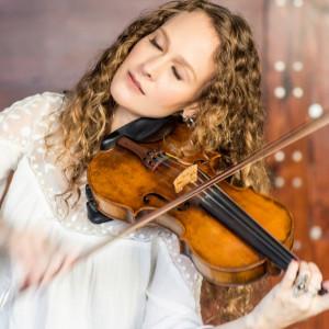 Briana Di Mara - Violinist / Strolling Violinist in Oakland, California