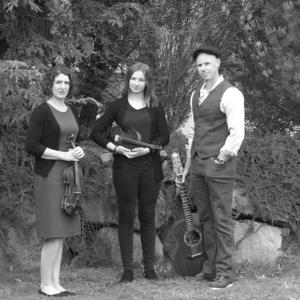 Brigid's Crossing - Celtic Music in Hood River, Oregon