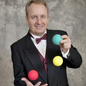 Bruce Manners - Juggler / Variety Entertainer in Houston, Texas