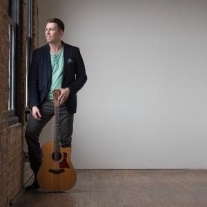 Bryan Fahey - Singing Guitarist in Glen Ellyn, Illinois