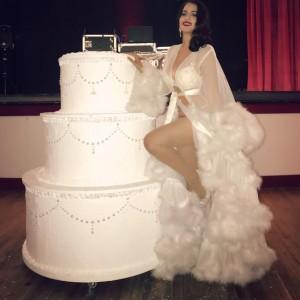 Lila Starlet- Burlesque and Striptease Artist - Burlesque Entertainment in Fort Lauderdale, Florida