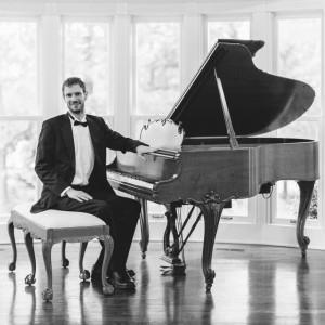 Caleb Houck - Pianist in Atlanta, Georgia