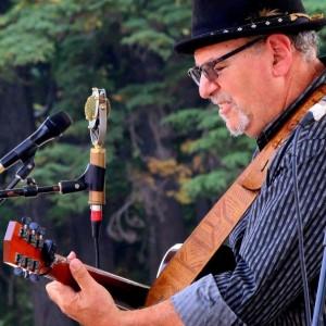 Carl Solomon - Singing Guitarist in Portland, Oregon