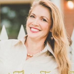 Carolina Sizemore Speaker and Life Coach - Motivational Speaker / Christian Speaker in Corpus Christi, Texas