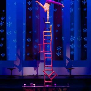 Chairs Balancing -rokardy - Circus Entertainment in Las Vegas, Nevada