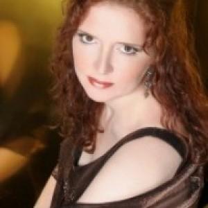 Charlotte Detrick - Opera Singer / Christmas Carolers in New York City, New York