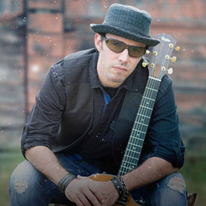 Chris James - Singing Guitarist / Dance Band in San Diego, California