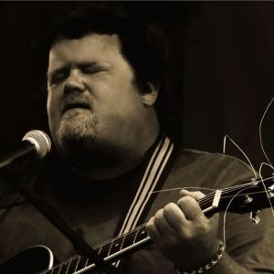 Chris Jones - Singing Guitarist in Omaha, Nebraska