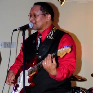 Chris Knox Sr - Guitarist - Singing Guitarist in Converse, Texas