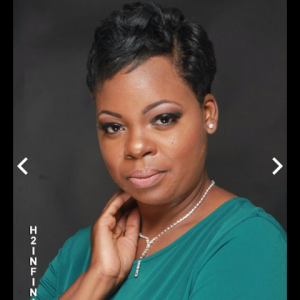Felicia Hollins - Christian Comedian in Chicago, Illinois