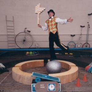 Circus Jonathan - Circus Entertainment in Toronto, Ontario
