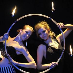 CirqueTones Twins - Circus Entertainment in Denver, Colorado